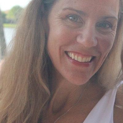 Annette Dariano