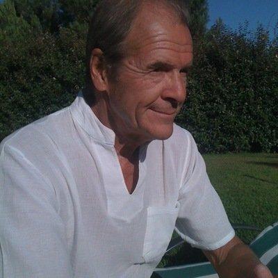 Robin Hawdon