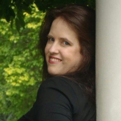 Judy L Mohr