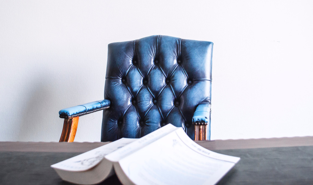 30 Best Reading Chairs Money Can Buy in 2021