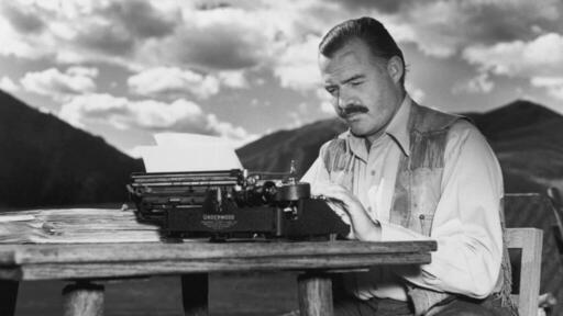 11 Best Ernest Hemingway Books in Chronological Order