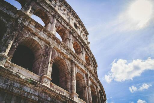 The 12 Best Roman History Books (for the Caesar in You)