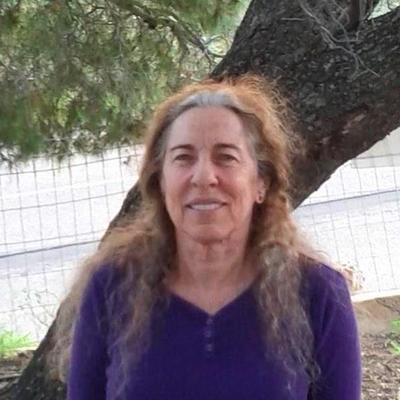 Victoria Carella