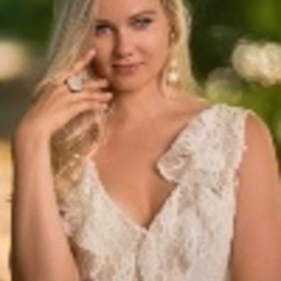 Kristina Razinska