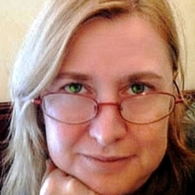 Karina Holosko