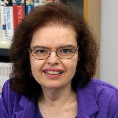 Debbie De Louise