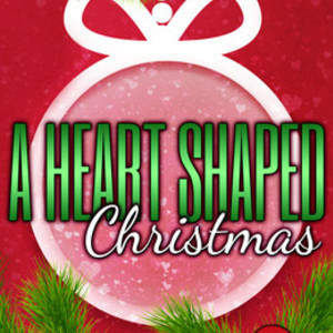 A-Heart-Shaped-Christmas-1563x2500.jpg