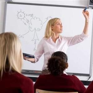 teacher_2895901b.jpg