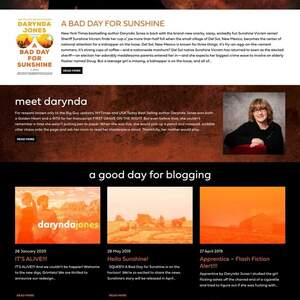 Darynda Jones Website